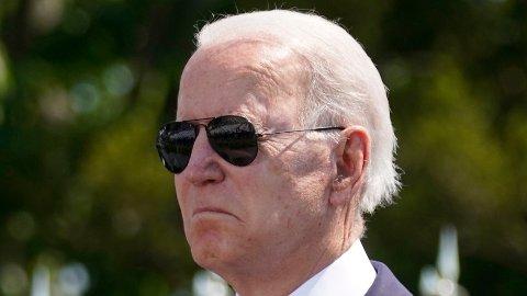 USAs president er under hardt press fra flere partikolleger når det gjelder Israel-konflikten. Her er president Joe Biden fotografert under en minnemarkering i New London onsdag denne uken.