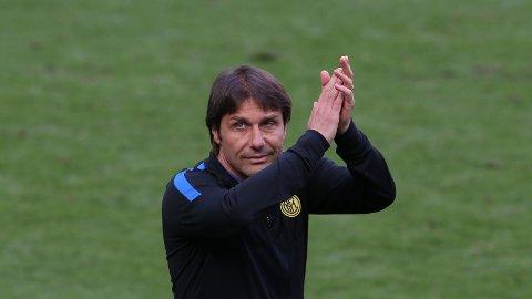 Antonio Conte er ferdig som trener i Inter.