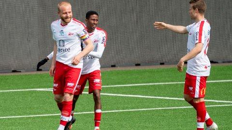 Henrik Kjelsrud Johansen (t.v.) og Fredrikstad har fått en pangstart på sesongen.