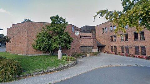 Frp-møtet som skaper overskrifter i sørlandsbyen Grimstad fant sted på rådhuset tirsdag i forrige uke.