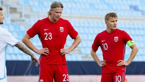 Erling Braut Haaland (t.v.) og Martin Ødegaard slet med å score mot Luxembourg i privatlandskampen på La Rosaleda onsdag. Vi tror ikke de får det noe lettere mot Hellas søndag.