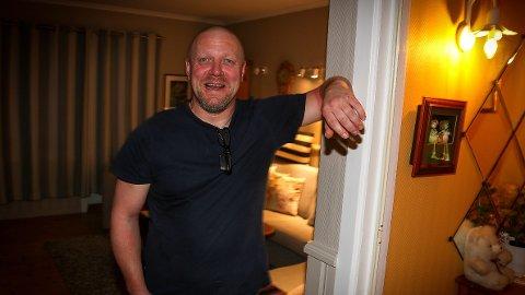 Viggo Kristiansen er tilbake i stuen i familieboligen i Kristiansand for første gang på nesten 21 år som fri mann.