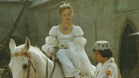 DØD: Libuse Safrankova er død. Her hun sammen med prinsen i «Tre nøtter til Askepott», spilt av Pavel Trávníček.