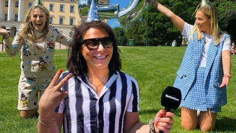 NY GJEST: Erlend Elias gjester Nettavisen-podkasten «Schendis» med programleder Rikke Monsen og Julie Solberg.