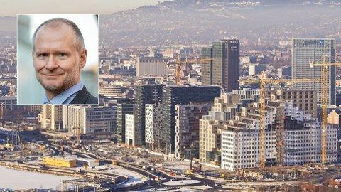 Forrige uke varslet regjeringen at endringene i avhendingsloven, som regulerer kjøp og salg av boliger, trer i kraft 1. januar 2022. Administrerende direktør i Eiendom Norge, Henning Lauridsen, mener regjeringen har sviktet.
