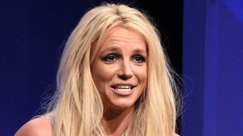 Britney Spears forteller at hun ikke vet når eller om hun kommer til å stå på en scene igjen.