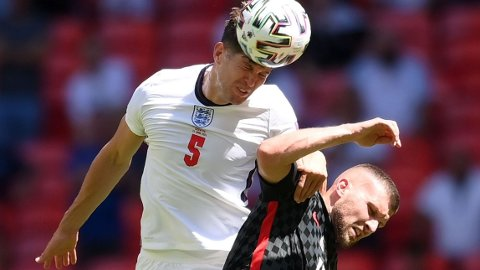 John Stones har hatt en god sesong i Manchester City, og han har også tettet igjen forsvaret til England det siste året.