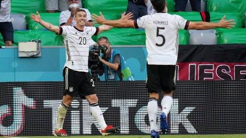 OVERALT: Robin Gosens både scoret og serverte da Tyskland slo Portugal 4-2.