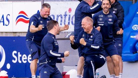 Dag-Eilev Fagermo slipper jubelen løs etter 3-2 seieren borte mot Molde tidligere i år. I kveld blir Vålerenga en av våre sikre på midtukekupongen når de møter Stabæk på Nadderud.