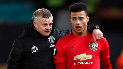 HEVDER HAN HAR FÅTT TILBUD: Manchester Uniteds Mason Greenwood, her sammen med manager Ole Gunnar Solskjær.
