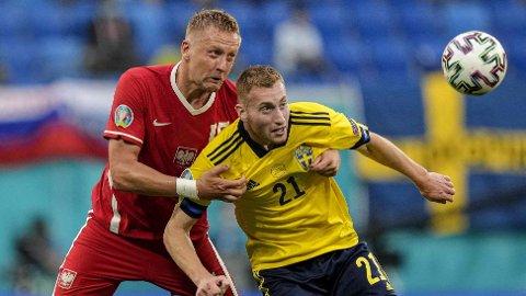 Dejan Kulusevski (t.h.) får sjansen fra start mot Ukraina, ifølge svenske medier.