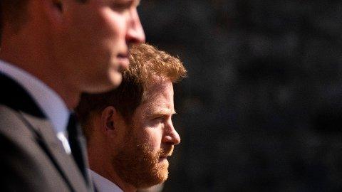 UTAFOR: Prins Harry har blitt splittet fra familien sin etter at han og kona, Meghan forlot kongehuset.