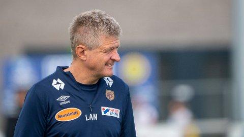 NEDSLÅENDE BESKJED: Lars Arne Nilsen mistet kaptein David Fällman til skade under mandagens kamp mot Grorud.