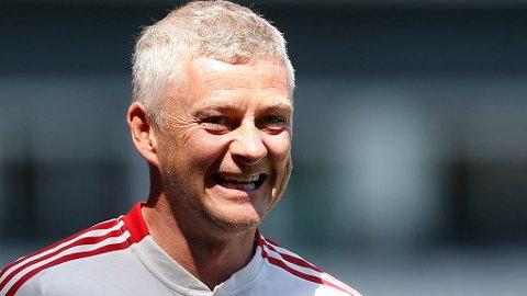 KAN SMILE: Fotballekspert Petter Veland mener Ole Gunnar Solskjær har grunn til å smile om Manchetser United henter Raphael Varane.
