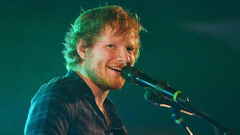 PAUSE: Ed Sheeran avslører at han sluttet med musikk.