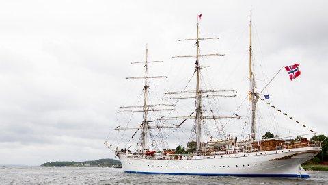 «SOMMERSKUTA»: En person om bord på «Statsraad Lehmkuhl» har testet positivt for covid-19. Foto: Vegard Wivestad Grøtt / NTB