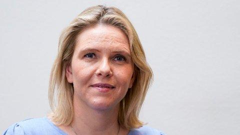 I et lederinnlegg i Dagsavisen blir partileder for Frp, Sylvi Listhaug, kalt en «frekk apekatt».