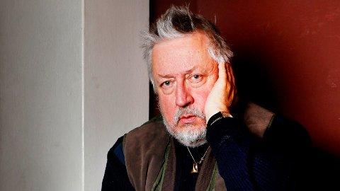 ADVARER: Den svenske forfatteren Leif GW Persson advarer småsparere mot aksjer.