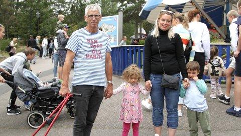 BOMTUR: Fra venstre, Ivar Rydland, bestefar, Michelle Solvig (3,5), Cecilie Solvig, mor og Elias (4,5), ble svært skuffet over Tusenfryd-opplevelsen.