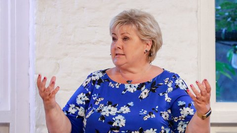NYE KONSESJONER: Statsminister Erna Solberg svarer litt mer uforpliktende enn tidligere når hun får spørsmål om leting i nye områder.