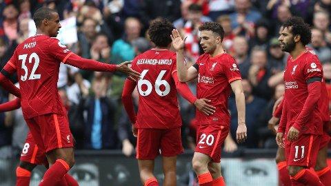 LEVERTE IGJEN: Spydspiss Digo Jota dukket opp der han skulle på et innlegg og nikket inn kampens første mål på Anfield.