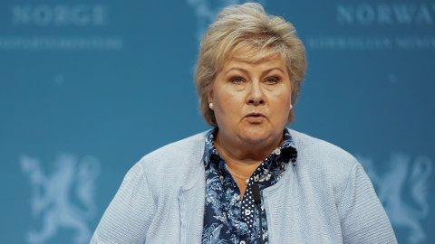 - VI FEILBEREGNET: Statsminister Erna Solberg sier nå at de ikke kunne forestille seg at smitten skulle spre seg så fort.