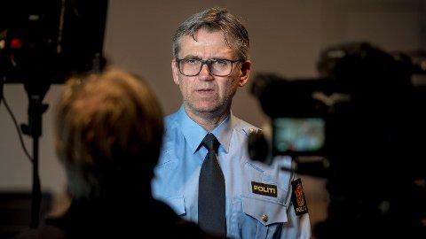 LETTET: Etter Politiinspektør og leder for Seksjon for alvorlige uoppklarte saker i Kripos, Espen Erdal, er lettet over at det er mulig å komme videre i etterforskningen av drapet på Birgitte Tengs. Foto: Carina Johansen / NTB