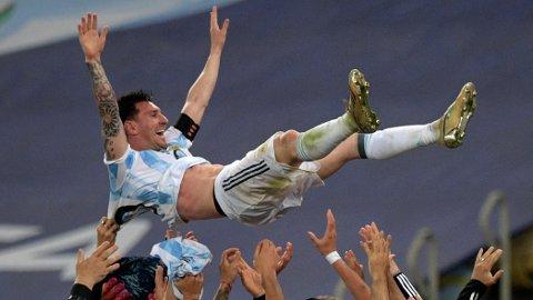 Lionel Messi kan lede Argentina til en historisk triumf i Sao Paulo søndag kveld.
