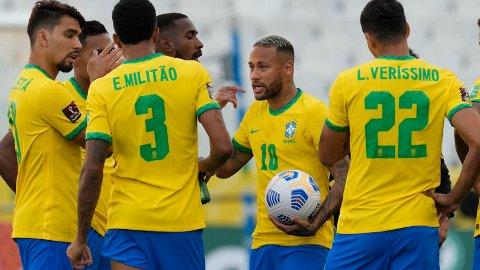 Neymar spiller for det brasilianske landslaget i VM-kvaliken, men det gjør ikke spillerne fra Premier League. De ble nektet å reise.
