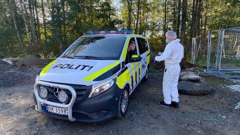 ETTERFORSKER: Politiet har innledet drapsetterforskning etter ektepar ble funnet døde på Kolbotn.