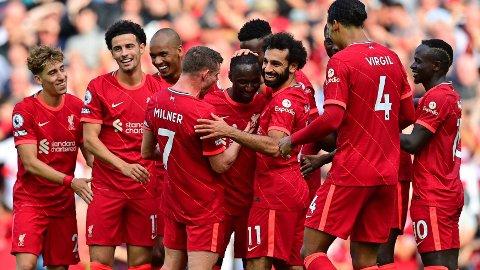 Naby Keita (midten) gratuleres av lagkameratene etter scoringen sin mot Crystal Palace sist helg.