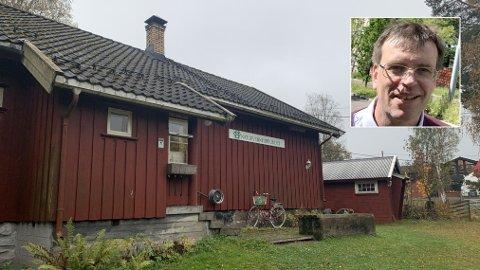 REAGERER KRAFTIG: - Kommunen taper masse penger på dette, for stedet er verdt veldig mye mer, sier markabokforfatter og bystyrepolitiker Bjørn Revil (FNB) om utleien av Søndre Sandås til 5000 kroner i året.