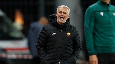 Jose Mourinho og Roma spiller mot Glimt i Bodø torsdag.