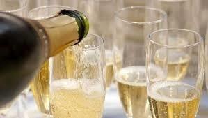 Vinmonopolet presenterte denne gangen edle dråper fra Champagne til under 250 kroner flasken.