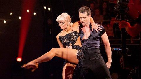 IMPONERER: Aleksander Hetland ble kalt legendarisk sexy av Skal vi danse-dommerne under kveldens semifinale i Skal vi danse.