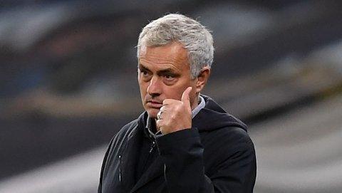 Tottenham-manager Jose Mourinho har et jerngrep på Arsenal.
