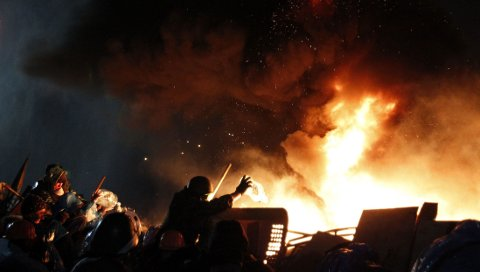 KRISE: Situasjonen i ukrainske Kiev er svært kritisk og flere mennekser har mistet livet de siste dagene.