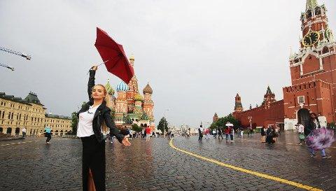 Sophie Elise Isachsen er i Russland, Moskva, og spiller inn TV-serie. Hun er i disse dager i sluttfasen av innspillingen.
