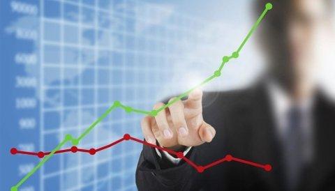 TO VERDENER: Sparer du i bank, taper du kjøpekraft over tid, det gjør du ikke i aksjemarkedet
