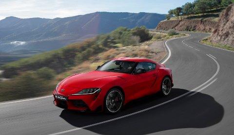 Nye Toyota Supra er nå avduket - og med det har Toyota en kraftigere moro-bil i stallen.