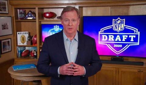 NFL-sjefen Roger Goodell åpnet årets NFL-draft fra sitt eget hjem. Over 55 millioner seere i Nord-Amerika fulgte TV-sendingene. fra den digitale-draften. Foto: NFL via AP / NTB scanpix