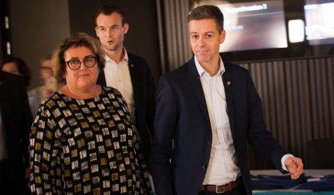 Partiledelsen med KrF-leder Knut Arild Hareide (t. h,), første nestleder Olaug Bollestad (t. v.) og andre nestleder Kjell Ingolf Ropstad.