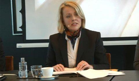 Sjef for Politiets sikkerhetstjeneste (PST) Benedicte Bjørnland legger frem trusselvurderingen for Norge i 2014.