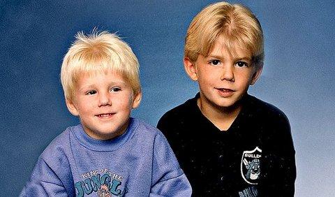 Fem år gamle Robin og sju år gamle Christian i 1998, da de ble beskyldt for å ha drept kameraten Kevin på fire.