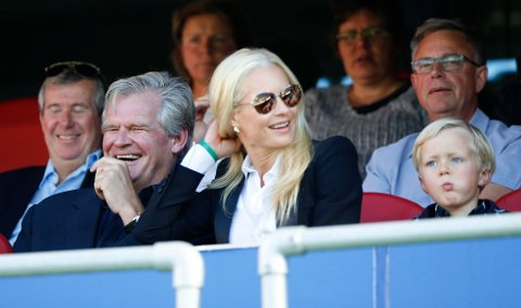 Tor Olav Trøim reddet nok en gang Vålerenga fra stort underskudd. Her med kjæresten Celina Midelfart på fotballkamp på Ullevaal stadion.