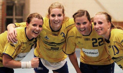 Målfarlig kvartett: Marianne Nilsen (venstre), Kristine Breistøl, Rikke Alræk og Marthe Johansen scoret flittig mot Viking TIF.