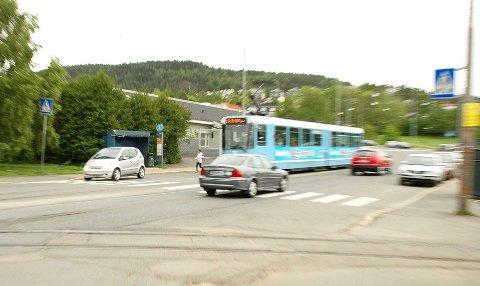 MILJØGATE: Trikken må få egen trasé, i en «Grefsenveien miljøgate», helt fra Storo, mener Venstre og SV.