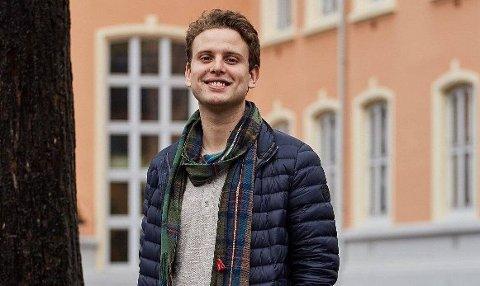 BOKDEBUTANT: Jakob Semb Aasmundsen.