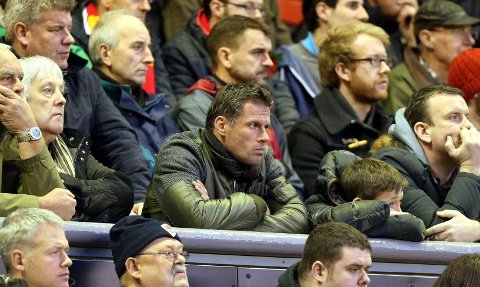 VIL HA ENDRING: Jamie Carragher vil ha regelendring i fotball som forhindrer managere i å få sparken midt i sesongen.