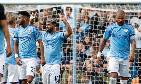 KOSTBAR GJENG: Manchester City, her representert ved spillere som Riyad Mahrez, Sergio Agüero og Kyle Walker, er verdens dyreste fotballag.